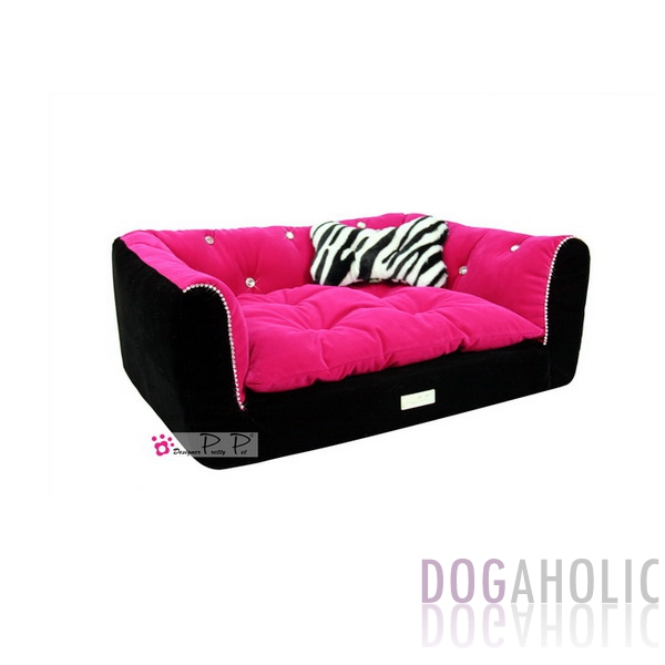Pretty Pet Rectangle Velvet Counch Bed in Black amp Hot Pink  : W044 HP02L from www.dogaholic.co.uk size 600 x 600 jpeg 62kB