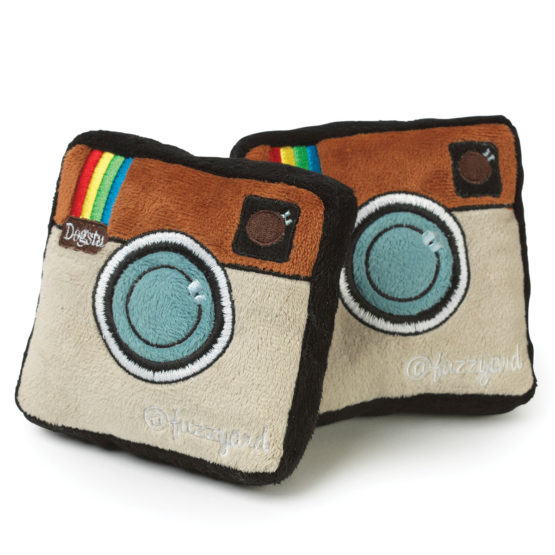 Dogaholic Fuzzyard Dogsta Instagram Dog Toy (1)